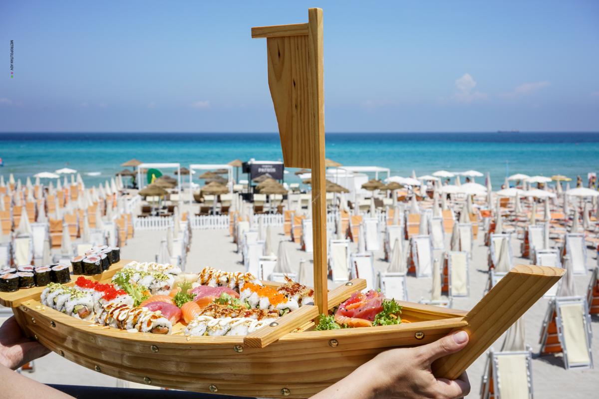 Otranto pranzo in riva al mare 2